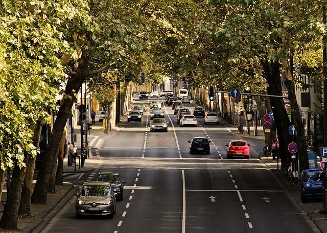 provoz na silnici ve městě